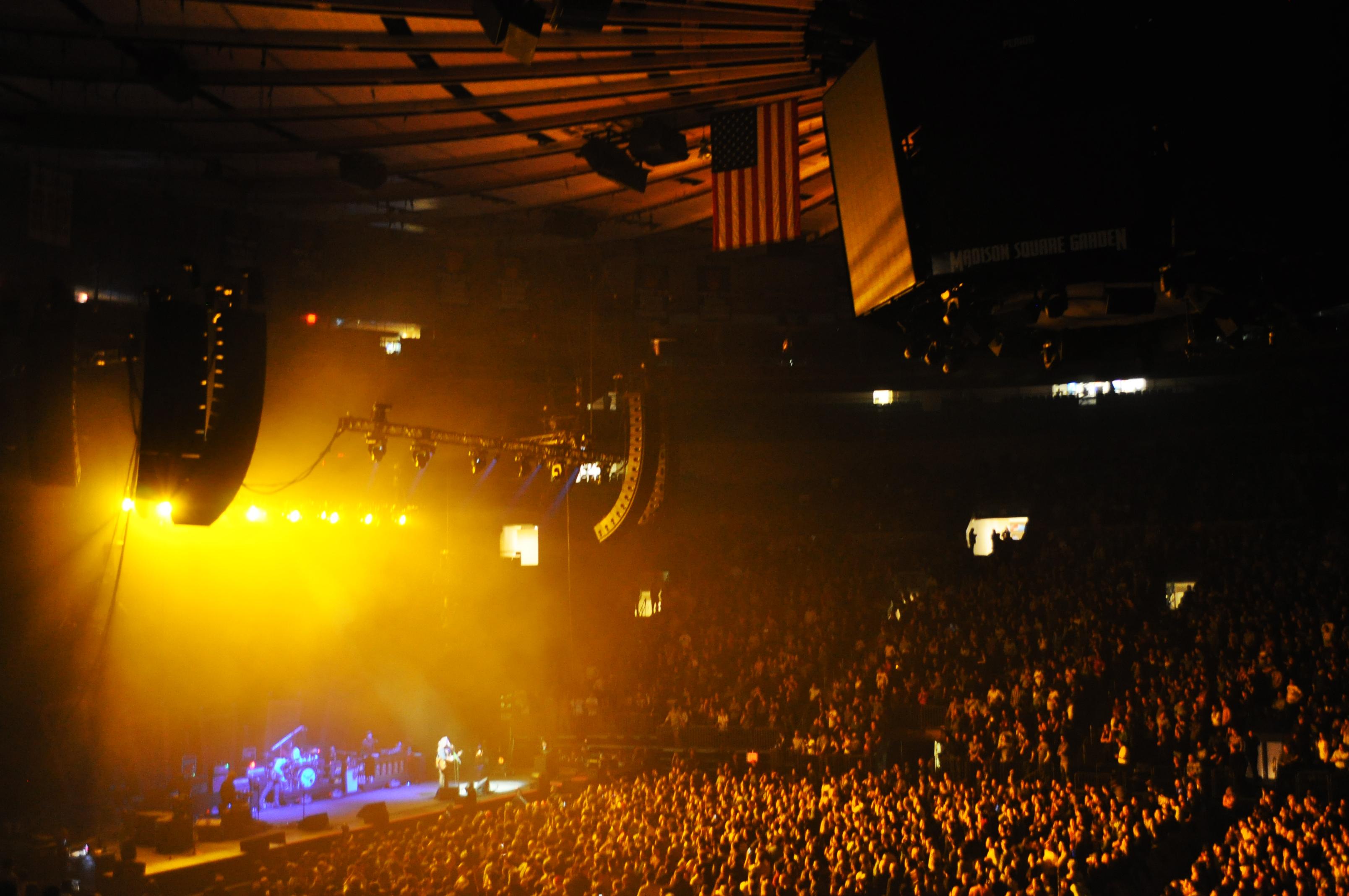 My Morning Jacket @ Madison Square Garden (12/12/2011) | Jesse Zryb